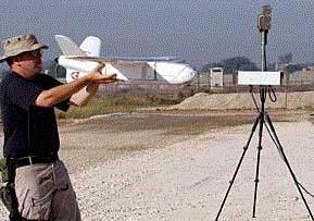 """英国陆军改进""""沙漠鹰""""无人机系统(附图)"""