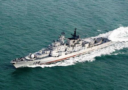 中国海军第三艘俄制现代级驱逐舰服役(图)