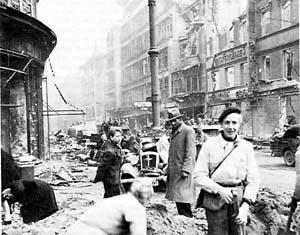 军史纵横:希特勒曾想炸平整个德国(附图)
