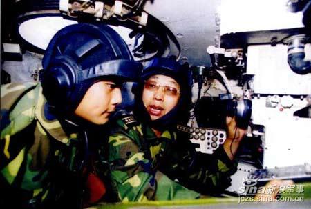 中国坦克训练基地为3军培养6万余名装甲战斗员