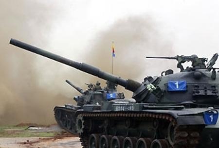 台军公开坦克车训练仿真器号称亚洲唯一(图)