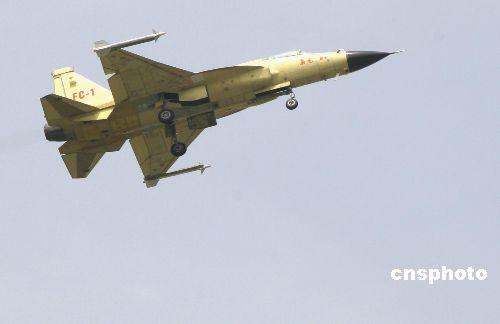 枭龙战机瞄准中低档战机市场F-16是主要对手