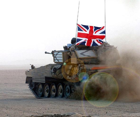 """英国陆军继续增强""""武士""""步兵战车的火力(图)"""
