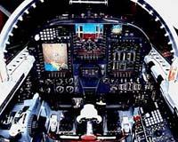 驻韩美军展示U-2侦察机Block20改进型坐舱(图)