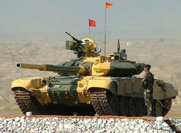 印度计划2020年前再装备1000辆T-90S坦克(图)