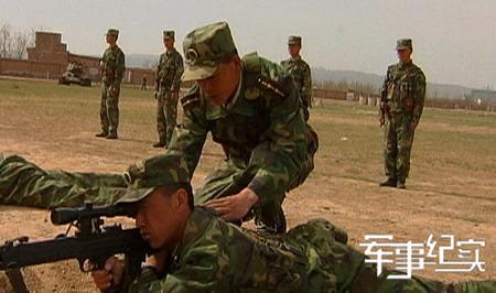 《军事纪实》11月29日播出《黄和平带兵记》