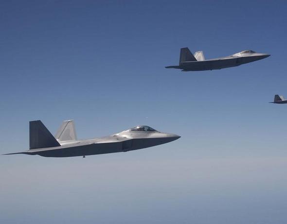 美国担心泄密可能拒绝日本自产F-22战机要求