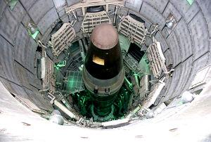 """美国""""警惕盾牌-07""""核战争演习意图何在(图)"""
