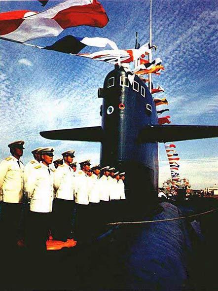 中国海军新型潜艇:磨砺一击必中的能力(图)