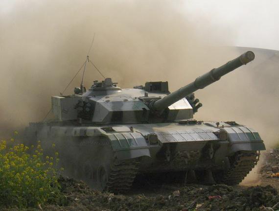 我军装甲兵装备实现三代跨越数字化部队见雏形