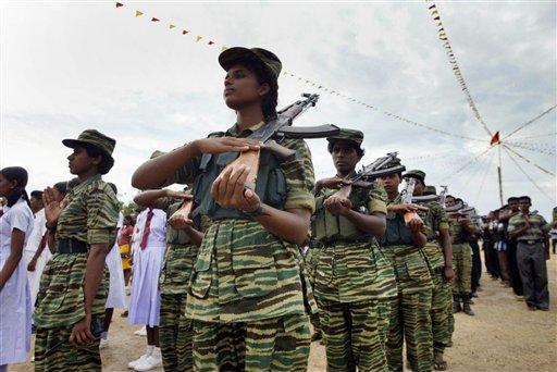 斯里兰卡首都遭猛虎组织飞机空袭引发恐慌
