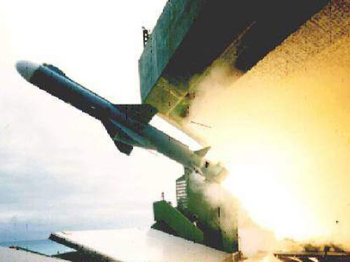 美国关切台军攻击性武器:准备政治施压阻止