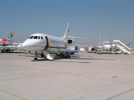 图文:参加航展的小型客机