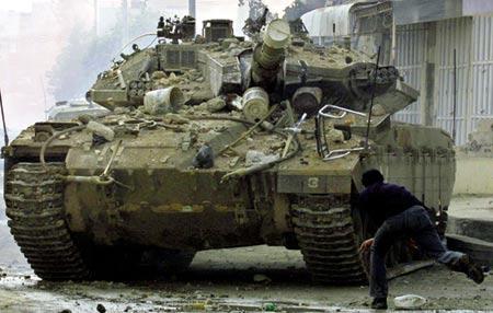 """图文:巴以冲突中频频出镜的""""梅卡瓦""""3坦克"""