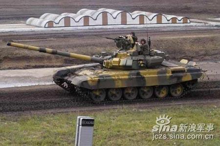 俄坦克专家认为美制M1A2打不过T-90S(组图)