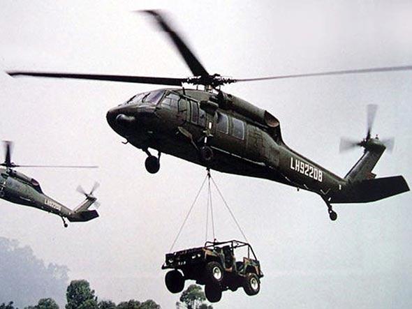 图文:中国陆航的黑鹰直升机