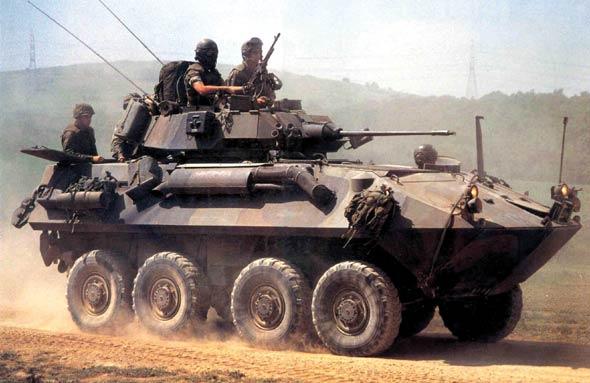 图文:美国LAV-25步兵战车
