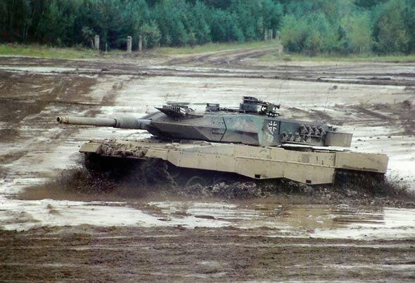 图文:广泛装备欧洲各国的德制豹2坦克