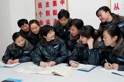 中国空军唯一女飞行大队长刘文力纪事(组图)