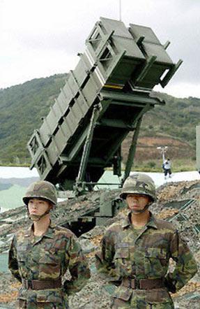 美军对台军操作高性能武器素质不放心(组图)