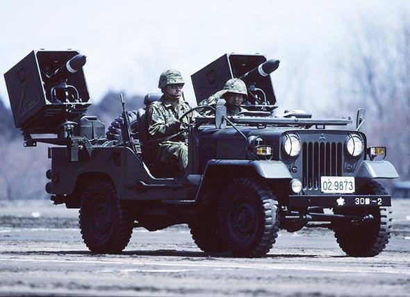 图文:日本64式轻马特反坦克导弹