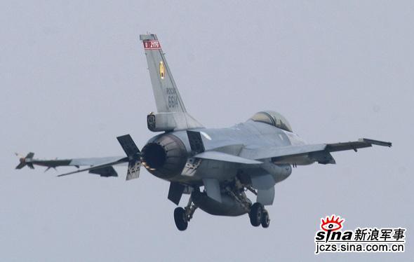 图文:台湾空军F-16编号6614