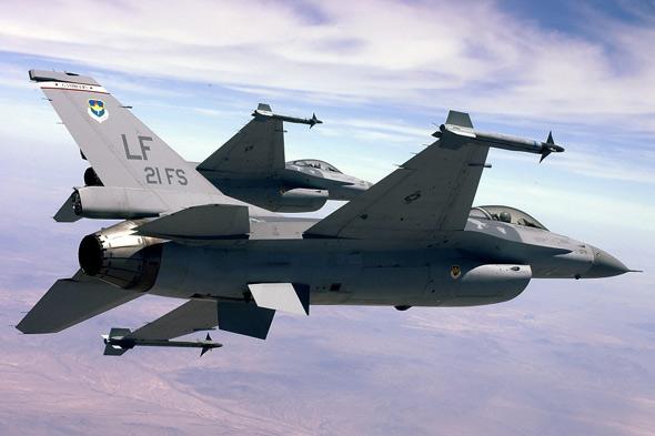 图文:台湾空军F-16编号6610
