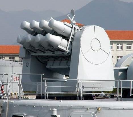 图文:中国海红-7型8联装防空导弹