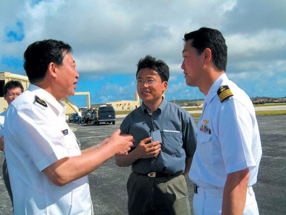 图文:中国观摩团团长与日本观摩团