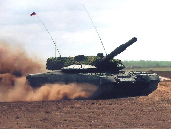 俄罗斯解密T-80UM2黑鹰主战坦克(组图)