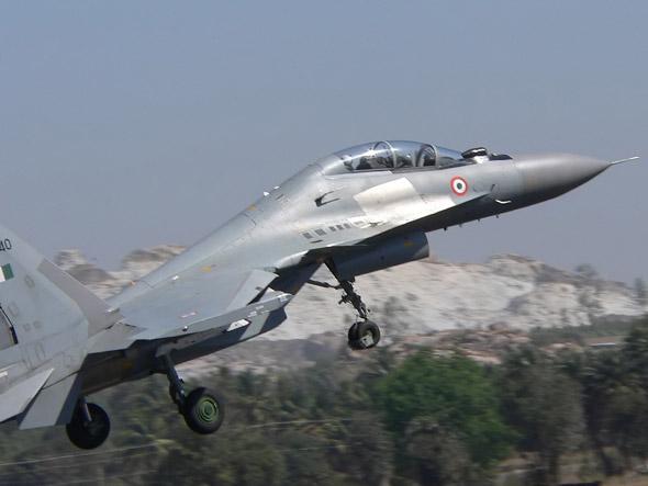 图文:印度空军装备的俄制苏-30MKI多用途战斗机