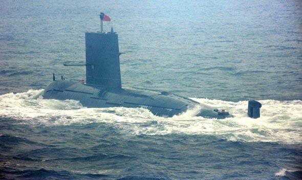 图文:中国自行研制的宋级常规潜艇