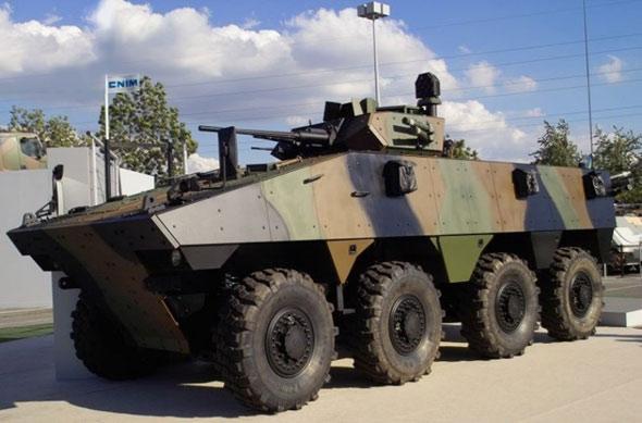 图文:法国最新型VBCI轮式步兵战车