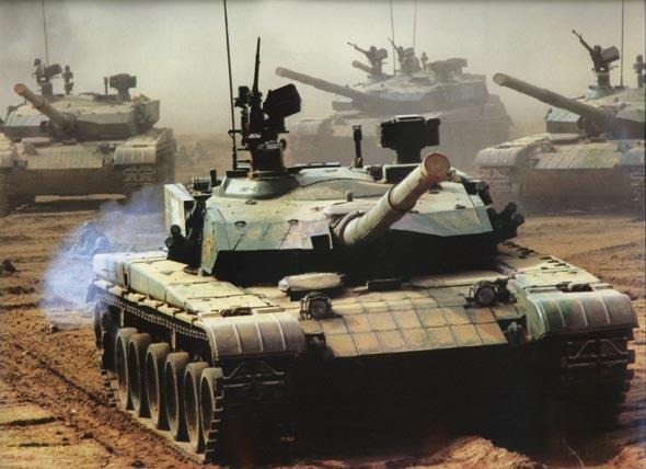 图文:国产新型主战坦克近距特写