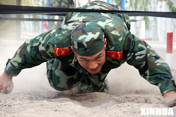 """组图:新疆武警部队""""胡杨卫士-08""""实兵演练"""
