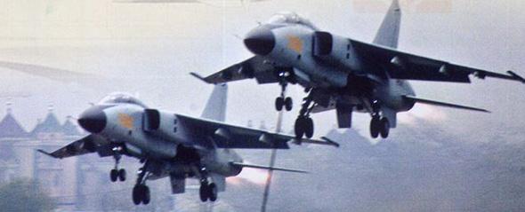 图文:中国近年列装的飞豹战斗轰炸机