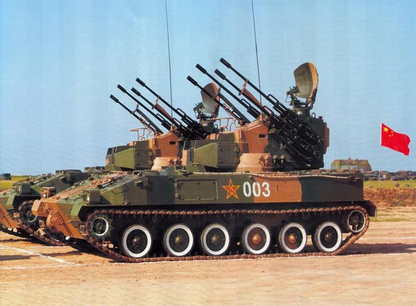 图文:解放军陆军大量装备自行高炮