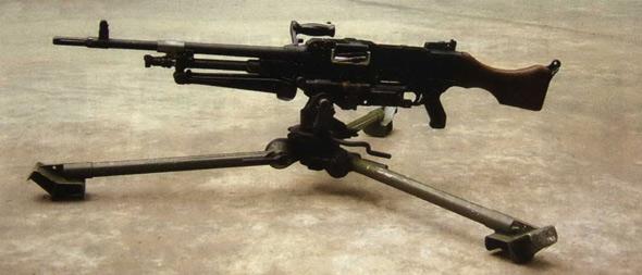 图文:国产外贸型XY7.62MM通用机枪