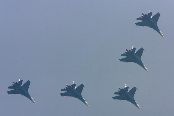 组图:俄罗斯勇士飞行表演队抵达珠海