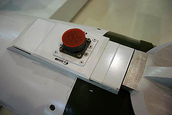 图文:国产雷神-6滑翔制导炸弹局部特写