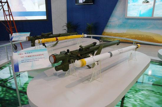 图文:国产新型QW-18防空导弹系统