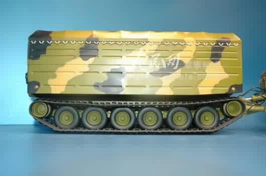 dt 30pm型履带式拖车底盘为焊接网格结构高清图片