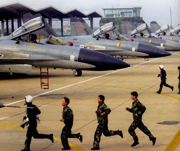 美国兰德公司称中国将制造第四代战机(组图)