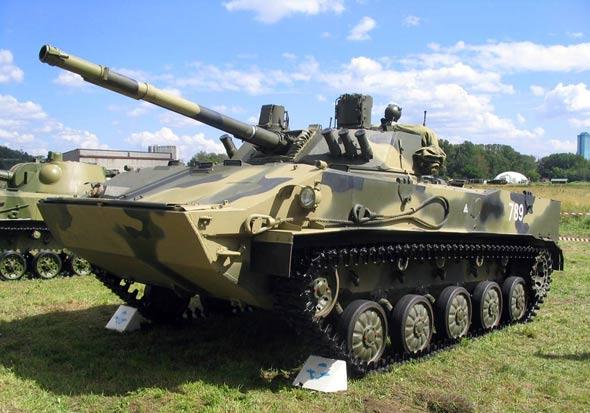 中国空降兵购买俄罗斯装备学习其作战理论(图)