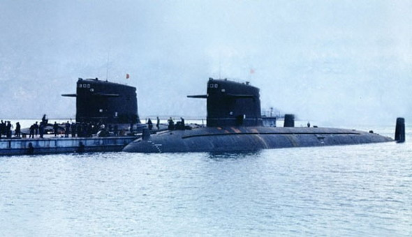 军报披露中国海军潜艇独闯深海大洋(组图)