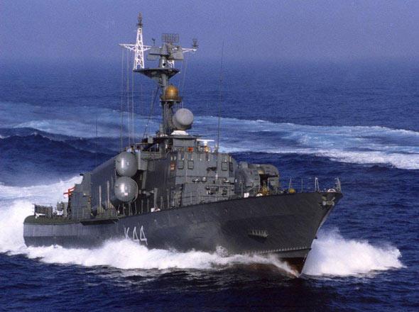 """回复:印抵制中国航母要学022?但这艘""""导弹艇""""1200吨…"""