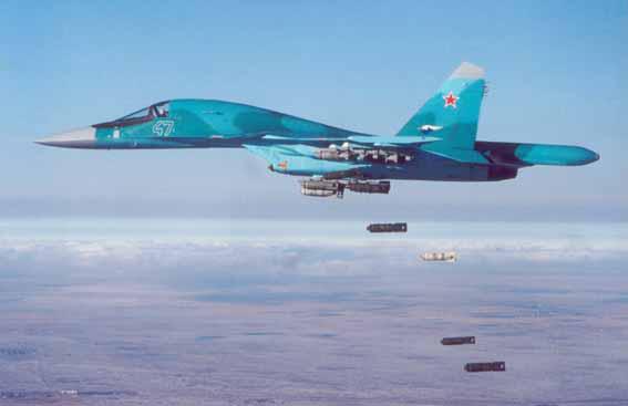 图文:俄苏-34前线轰炸机空投航弹