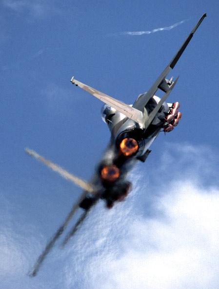 型鹰式制空战斗机