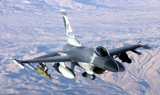 图文:美国空军f 16c隼式轻型战斗机