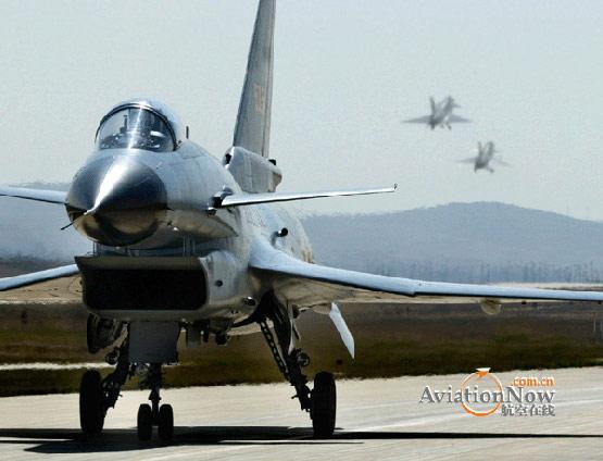 空军歼10部队苦练先敌发现先敌锁定先敌开火